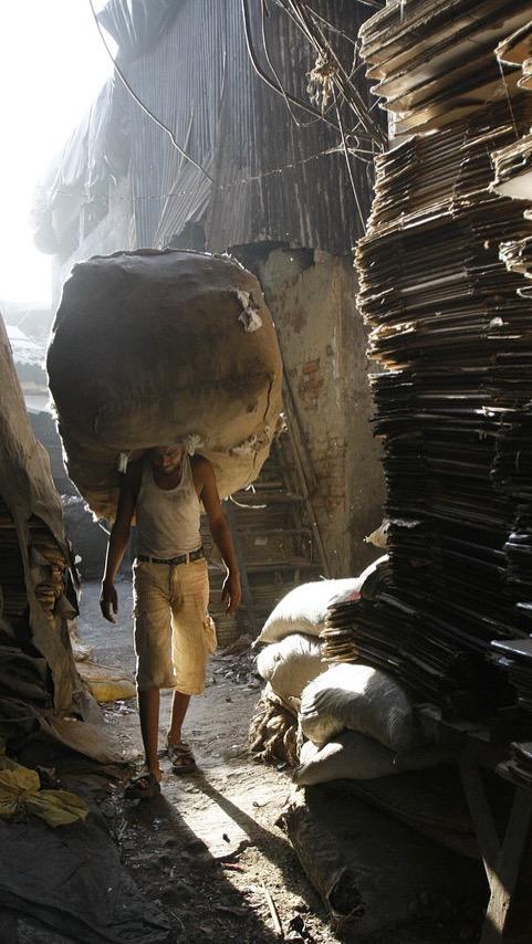 Mumbai Dharavi Worker